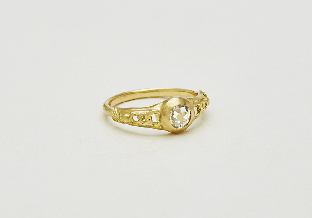 "Engagement ring-E-007〔 Souvenir Diamond Ring 〕"" Cherish for a long long time. "" /K18YG 230,000~"
